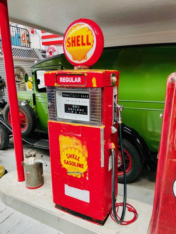 Pompe à essence américaine dans son jus