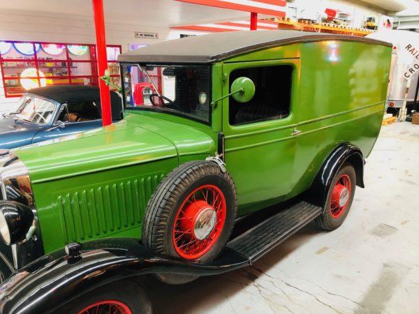 ancien camion Bedfort de 1938