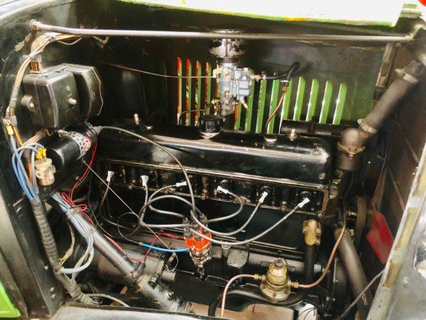 ancien camion Bedfort de 1938 moteur 6