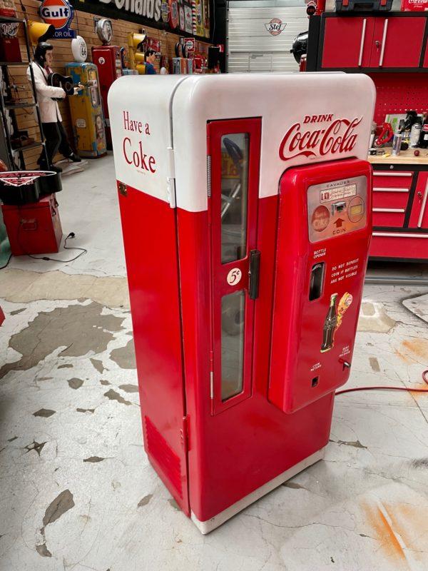 Distributeur Coca-Cola Cavalier 72 de 1958