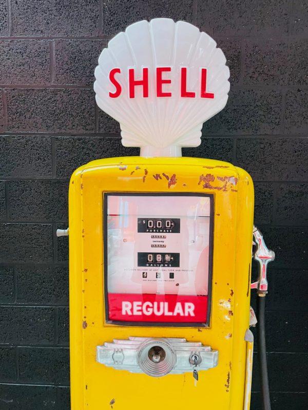 ancienne Pompe à essence américaine Shell AO smith way