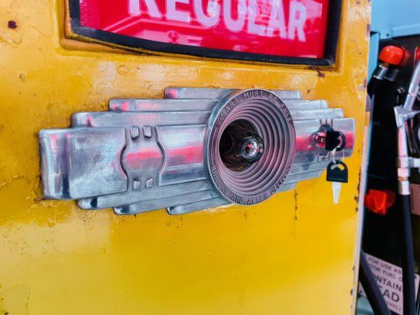 Pompe à essence américaine Shell 1950