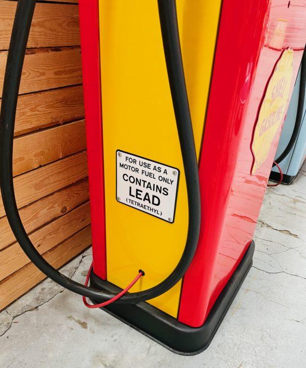 ancienne Pompe à essence américaine shell restaurée