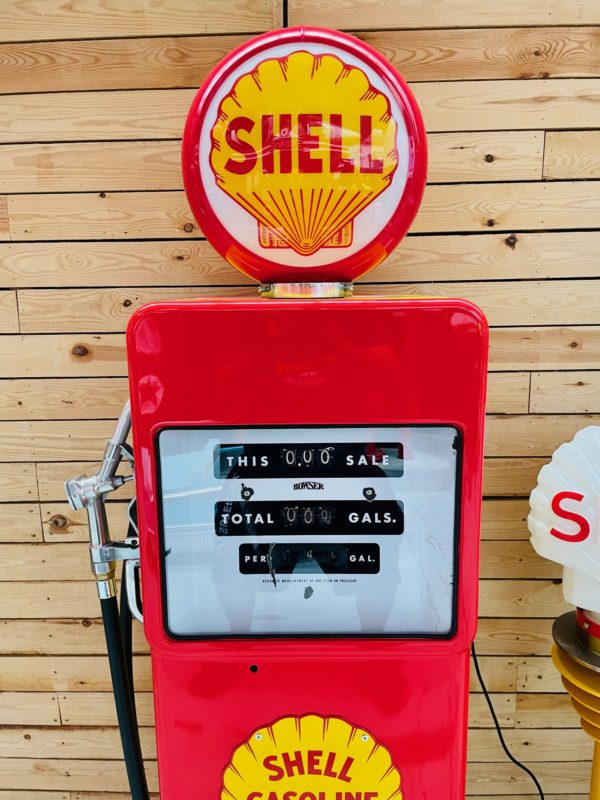 ancienne Pompe à essence américaine shell 1958 restaurée