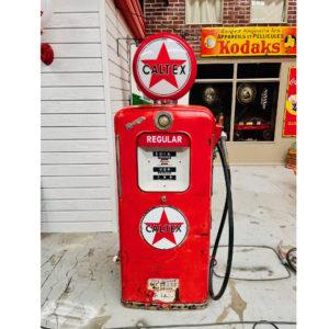 ancienne Pompe à essence américaine Caltex des années 50
